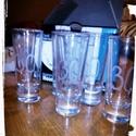 Gravírozott poharak, Konyhafelszerelés, Mindenmás, Bögre, csésze, Csináld magad leírások, Üvegművészet, Egyedi mintával gravírozott poharak.  A képeken különböző minták láthatók, de egyedi kéréseket sziv..., Meska