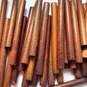 50 db fagyöngy farúd 10 cm  x 1 cm, Fából készült rúd-gyöngyök, közepén lyukk...