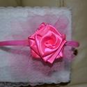 Baba hajráf, Baba-mama-gyerek, Baba-mama kellék, Műanyag hajráfra készítettem szalag rózsás tüll díszt.  A hajráf 12 cm széles és 14 cm ma..., Meska