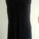 Fekete koktél, Ruha, divat, cipő, Női ruha, Estélyi ruha, 40-es méretű, kifejezetten elasztikus koktéltuha. Ujjatlan, enyhén V kivágású. Fekete anyagá..., Meska