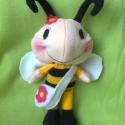 Méhecske kislány, Játék, Plüssállat, rongyjáték, Játékfigura, Saját tervezésű méhecske. Ugyanabban a stílusban készült mint a pillangóm és a katicakislányom. Maga..., Meska