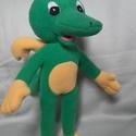 Tabaluga sárkány, Baba-mama-gyerek, Játék, Plüssállat, rongyjáték, Játékfigura, Baba-és bábkészítés, Varrás, Saját tervezésű és készítésű szabásminta alapján készítettem . Teljes magassága 34 cm. Puha szeretn..., Meska
