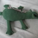 Zöld állatka, Saját szabásminta alapján készült , 52 cm hos...