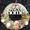 Sweet home - ajtódísz, Dekoráció, Otthon, lakberendezés, Ajtódísz, kopogtató, Gyurma, Mindenmás, Hungarocell alapra készült igazi 'édes' cukorkás,nyalókás,pompomos,szivárványos kopogtató! Átmérő: ..., Meska