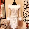 Műszőrme stólás különleges alkalmi ruha, Ruha, divat, cipő, Női ruha, Ruha, Vigyél színt a szürke hétköznapokba...  Különleges télies hangulatú, finom aranyban pompázó, laza és..., Meska