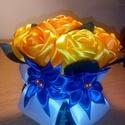 Sárga csokor virág, Dekoráció, Esküvő, Dísz, Esküvői dekoráció, Mindenmás, Újrahasznosított alapanyagból készült termékek, Ezt a csokor virágot a kanzashi techikával készítettem. A rózsákat szirmonként hajtottam,kétféle sá..., Meska