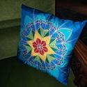 Kézzel festett saját tervezésű mandala mintás valódi selyem díszpárna, Otthon, lakberendezés, Lakástextil, Párna, Saját tervezésű, mandala mintás kézzel festett díszpárna.  Színei: kék, türkiz, zöldek, p..., Meska