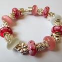 Málnás epres - Pandora stílusú karkötő, Ékszer, Karkötő, Igazi nőies darab a Pandora stílusú karkötők szerelmeseinek! Gyönyörű muránói és macskaszem gyöngyök..., Meska
