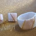 Pasztell fülbevaló - gyűrű szett, Ékszer, Fülbevaló, Gyűrű, A szett japán gyöngyből fűzött ékszer.  Színe: pasztell barack, arany és lüszteres (színjátszóan meg..., Meska