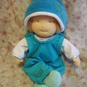 Hagyományos waldorf öltöztetős gyapjúbaba (kisebb), Baba-mama-gyerek, Játék, Képzőművészet, Baba, babaház, Baba-és bábkészítés, Varrás, A baba, a hagyományos waldorf babák mintájára készül természetes anyagokból.  Töltete gyapjú, haja ..., Meska