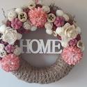 Tavaszi kopogtató - HOME, Dekoráció, Otthon, lakberendezés, Dísz, Ajtódísz, kopogtató, Virágkötés, 20 cm juta szalaggal bevont szalma alapra készült. Rózsaszín, fehér termésekkel, virágokkal díszíte..., Meska