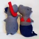 2 Hippo - úszó pár, Játék, Esküvő, Szerelmeseknek, Nászajándék, Varrás, Két vízi hippo, egy pár :)  Kedves, puha, szerelmes vízilovak polárból, 18 centis magassággal, kb 9..., Meska