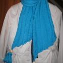 AKCIÓ! - Kötött kék sál, Ruha, divat, cipő, Kendő, sál, sapka, kesztyű, Sál, Kék színű, hosszában mintás kötött sál a hideg téli napokra. Egyediségét a két végén t..., Meska
