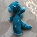Button a sárkány, Baba-mama-gyerek, Játék, Baba játék, Játékfigura, Horgolás, Kornflakestew mintája alapján készült horgolt sárkány. Nosztalgikus-romantikus hangulatú, barátságo..., Meska