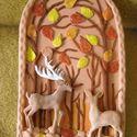 Őszi erdő vadakkal. Kerámia kép, Kerámia dombormű képet készítettem, melyen az...