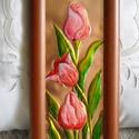 Rózsaszín tulipánok. Rézdomborítás, Dekoráció, Otthon, lakberendezés, Kép, Falikép, 28 x 14 cm-es , sötétbarna  képkeretbe, rézlemezre tulipánokat tettem. A tulipánok domborműként vann..., Meska