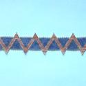 Háromszög mintás karkötő, Ékszer, Karkötő, A geometriai minták kedvelőinek ajánlom. A kapocs nikkelmentes, így fémérzékenyek is használ..., Meska