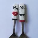 Mr és Mrs kanál pár , Valentin napra kiváló ajándék pároknak. Felha...