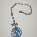 Kék madaras nyaklánc , Ékszer, Nyaklánc, Nikkelmentes alapanyagokból készült. Felhasznált alapanyagok: fém medál, zsinór, ékszer szer..., Meska