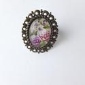 Virágos gyűrű, Ékszer, Gyűrű, Felhasznált alapanyagok: fém gyűrű alap, üveglencse, papír kép, ragasztó. Gyűrű felső ré..., Meska
