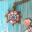 Hajókormány nyaklánc, Ékszer, Medál, Üveglencsés technikával készült 20 mm medál antik bronz hajókormány alakban. Lánc hossza 65..., Meska