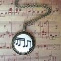 Hangjegy nyaklánc, Ékszer, Medál, 30 mm hangjegyes textilgomb antik bronz pöttyös szélű alapban nem csak zenekedvelőknek. Lánc h..., Meska