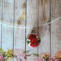 Virágos-bordó mini makaron nyaklánc, Ékszer, Medál, Nyaklánc, Pici makaron medál 12 mm textil és bőrgomb. Kétoldalú így variálható az öltözékhez vagy kedvünk szer..., Meska