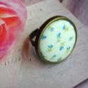 Kék virágos rét - textilgomb gyűrű, Ékszer, Gyűrű, 25 mm antik bronz textilgomb gyűrű. Állítható méret, nikkelmentes., Meska