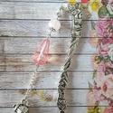 Egy csepp tea könyvjelző, Naptár, képeslap, album, Könyvjelző, 8,1 cm ezüst színű könyvjelző opalit ásványgyöngy egy csepp alakù gyöngy és egy láncon f..., Meska