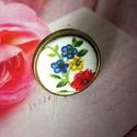 Virágzás - textilgomb gyűrű, Ékszer, Gyűrű, Ékszerkészítés, 25 mm textilgombos antik bronz állítható méretű nikkelmentes gyűrű., Meska