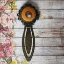 Egy szem makk - textilgombos könyvjelző, Naptár, képeslap, album, Könyvjelző,  20 mm textilgombos antik bronz könyvjelző díszes széllel., Meska