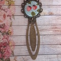 Eper álom - textilgomb könyvjelző, Naptár, képeslap, album, Könyvjelző, Antik bronz 8 cm hosszú alapban 20 mm textilgomb., Meska