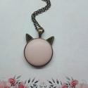 My cat - púder bőrgombos cicafüles nyaklánc, Ékszer, Nyaklánc, Medál,  Cicafüles medál púder rózsaszín 25 mm bőrgombbal, választható ezüst vagy bronz alap. Az á..., Meska