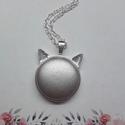 My cat - ezüst bőrgombos cicafüles nyaklánc, Ékszer, Nyaklánc, Medál,  Cicafüles medál 25 mm bőrgombbal, választható ezüst vagy bronz alap. Az ár a medálra vonatk..., Meska