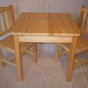 Natur színű gyerek asztal székkel, Bútor, Baba-mama-gyerek, Gyerekszoba, Gyerekbútor, Famegmunkálás, Tömör fenyőfából készült gyermek asztal 2db székkel! Natúr fenyő színben, Milesi vizes bázisú gyerm..., Meska