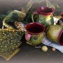 bögrék fenyőtálkával, Konyhafelszerelés, Dekoráció, Bögre, csésze, Ünnepi dekoráció, Karácsonyi, adventi apróságok, Délutáni kávézás karácsonyi hangulatban, fenyő alakú sütitálkával 2 capuccinós bögrével kiöntővel és..., Meska