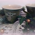 angyalos csészék , Dekoráció, Konyhafelszerelés, Ünnepi dekoráció, Bögre, csésze, Fehéragyagból korongolt csészék az oldalán angyalka nyomattal. Belül fehér/szintelen mázas, kívül pe..., Meska