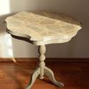 Szép formájú lerakó-asztal, Bútor, Asztal, Festett tárgyak, Decoupage, transzfer és szalvétatechnika, Felújított, kézzel festett, szép formájú lerakó-asztalka.  Anyaga: fa Magassága 57,5 cm, asztallap ..., Meska