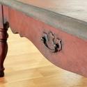 Egyedi dohányzóasztal, Bútor, Asztal, Festett tárgyak, Karakteres, strukturált felületű kézzel festett dohányzó asztal.  Méretei: 127 cm hossz, 53,5 cm mé..., Meska
