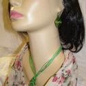 Tekert csavart nyaklánc szett csiga fülbevalóval., Ékszer, Ékszerszett, Élénk színű világos és közép zöld színű egyedi nyaklánc szett. Anyaga drót. Medál mér..., Meska