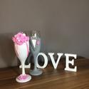 Rózsa varázs esküvői pohár pár, Esküvő, Egyedi kézzel készített pohár pár. Süthető gyurmát használtam a díszítéshez. Bármilyen színösszeállí..., Meska