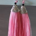 Rojtos, bojtos fülbevaló rózsaszín / ezüst, Ékszer, Fülbevaló, Ékszerkészítés, Rózsaszín színű rojtos - bojtos fülbevaló, függő Ezüst színnel kombinálva 11 cm hosszú  Termékeim k..., Meska