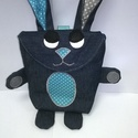 Tojásgyűjtő táska - nyuszi (Kornél), Táska, Kosár, Varrás, Húsvéti csoki tojás gyűjtő Nyuszi táska.  Ő egy sötétkék nyuszika kék és szürke fülekkel és kék pet..., Meska