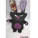 Tojásgyűjtő táska - nyuszi (Lili), Táska, Kosár, Varrás, Húsvéti csoki tojás gyűjtő Nyuszi táska.  Ő egy farmerkék nyuszika rózsaszín mintás és lila kockás ..., Meska
