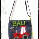 Traktor mintás oldaltáska kisfiúknak , Táska, Válltáska, oldaltáska, Famerből és vászonból készült megrendelésre ez a traktoros oldaltáska egy kisfiúnak. Kérésre szivese..., Meska