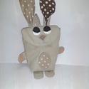 Tojásgyűjtő táska - nyuszi (Bazsi), Táska, Neszesszer, Húsvéti csoki tojás gyűjtő Nyuszi táska.  Ő egy drapp nyuszika barna pettyes fülekkel és  pocakkal. ..., Meska