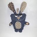 Tojásgyűjtő táska - nyuszi (Viktor), Táska, Játék, Húsvéti csoki tojás gyűjtő Nyuszi táska.  Ő egy farmerkék nyuszika barna pettyes fülekkel és pocakka..., Meska