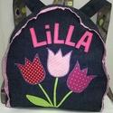 Gyerekhátizsák tulipános névvel, Baba-mama-gyerek, Táska, Hátizsák, Kék színű farmer hátizsák.  Tulipánok rátéttel, textilből, applikációval rögzítve. Bélés az éppen ak..., Meska
