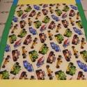 patchworkmintás takaró, versenyatuós, Forma-1-es mintával, Otthon, lakberendezés, Lakástextil, Takaró, ágytakaró, Varrás, Patchwork, foltvarrás, Egy hasznos takaró fiúknak, akik szeretik a verseny autókat méret: 170x140cm Ez a takaró alkalmas á..., Meska