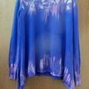 Tintafoltos pulóver, Ruha, divat, cipő, Női ruha, Felsőrész, póló, Festett tárgyak, Varrás, Színjáték tinta-kék színnel: Indigókék színű felső,színtelenítő ecsetelő  technikával készített ,le..., Meska